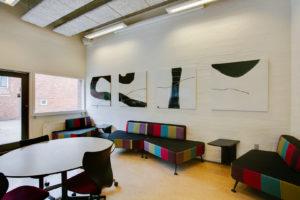 Malerier på væg